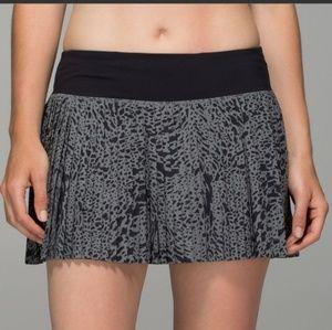 📍LULULEMON ATHLETICA (Pleat to street skirt)